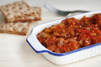 Riċetta: Bakkaljaw bil-patata, żebbuġ u bajd mgħolli