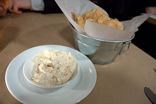 By Krista (choptank crab dip & old bay chips) [CC-BY-2.0 (http://creativecommons.org/licenses/by/2.0)], via Wikimedia Commons