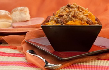 Recipe: Baked sweet potatoes with cranberry gorgonzola gremolata