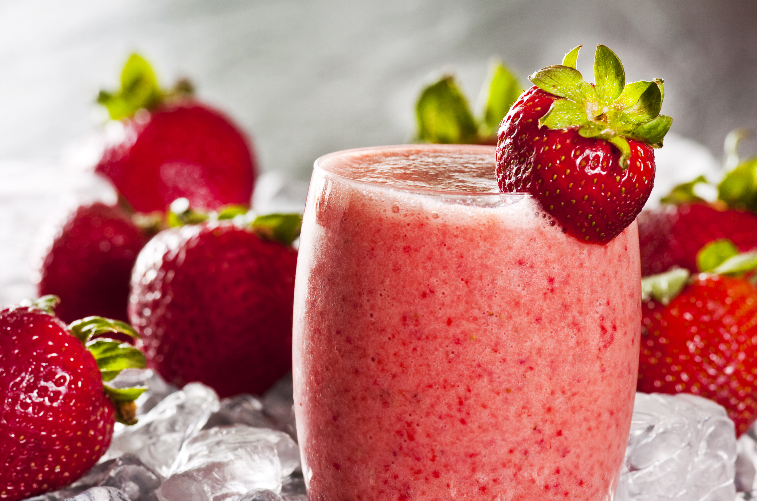 Strawberry smoothie- Smoothie tal-frawli