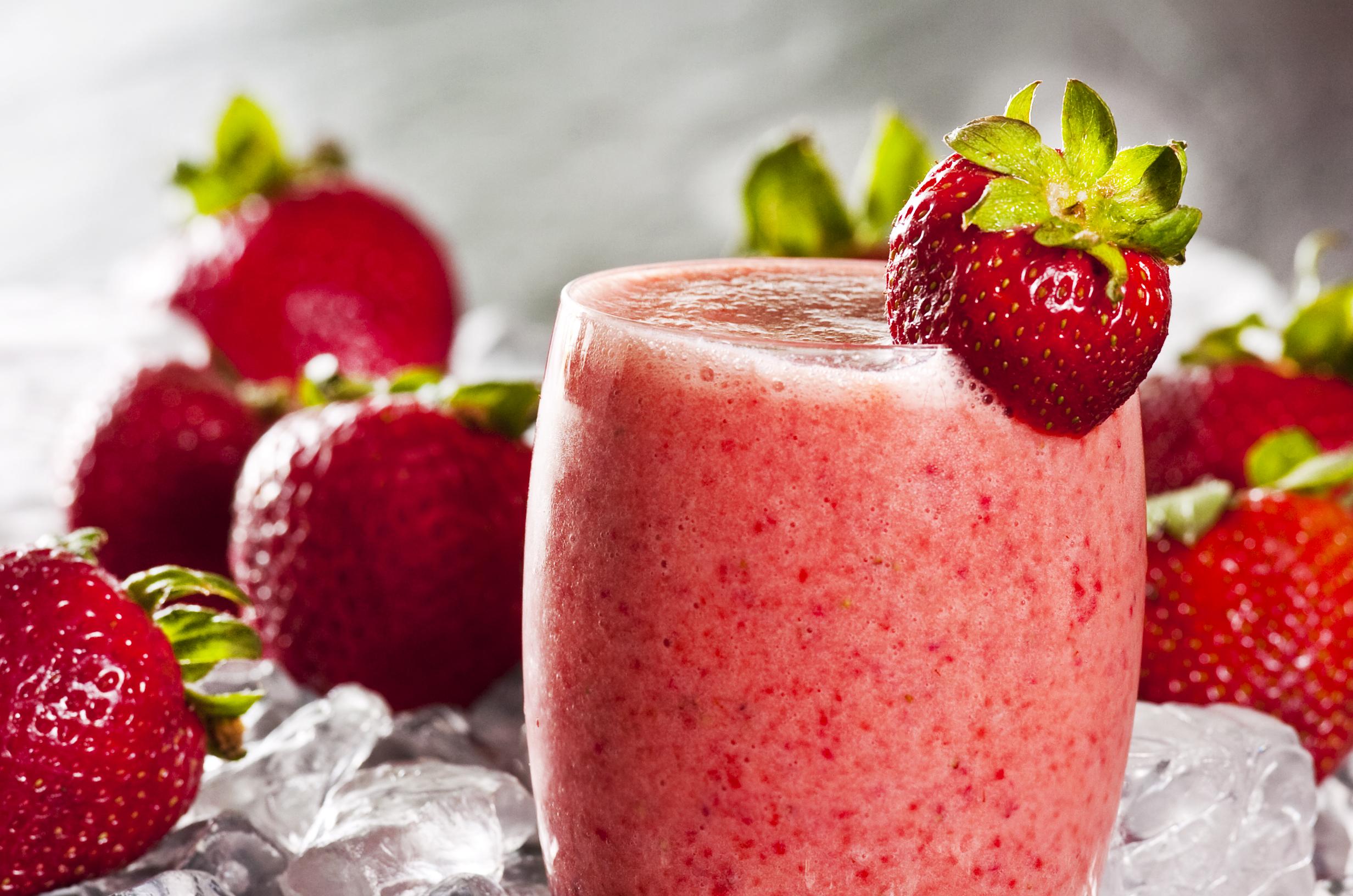 Strawberry smoothie- Smoothie tal-frawli