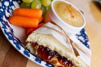 9 ideas for healthy food 9 ideat sempliċi għal 'snack' bnin