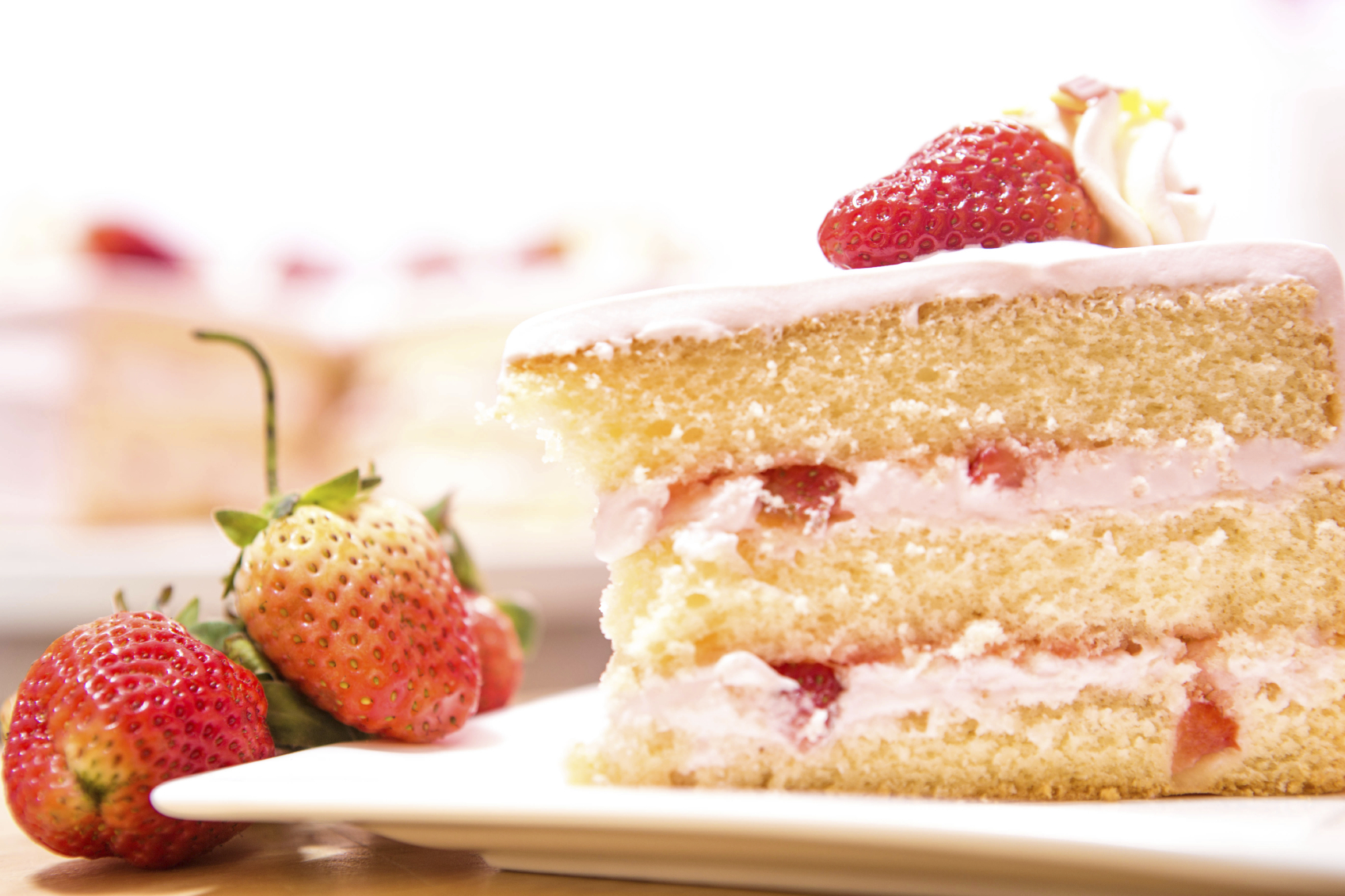 Recipe: A simple genoise style sponge with fresh fruit