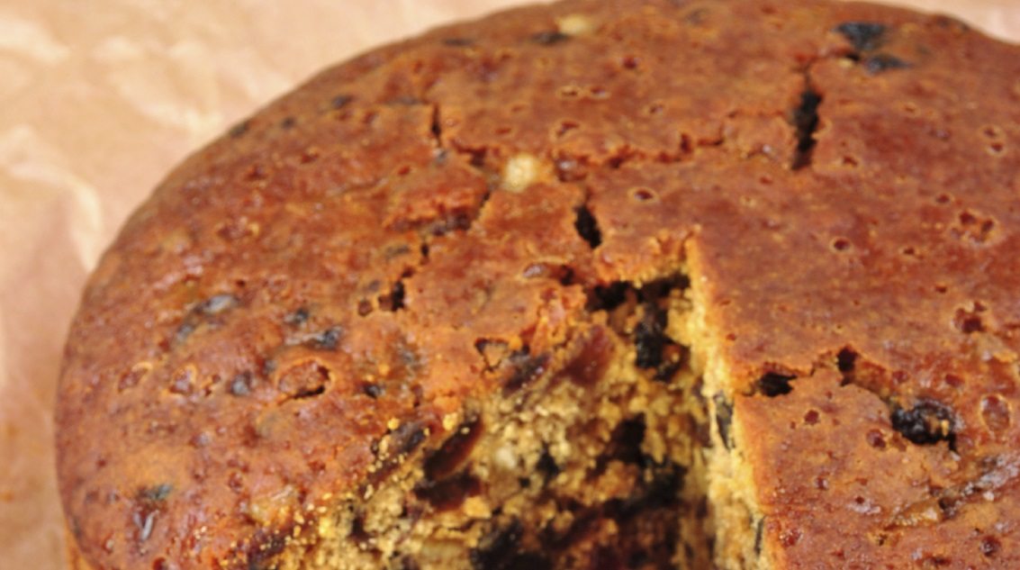 Sugar-free, nut-free wholemeal Christmas cake