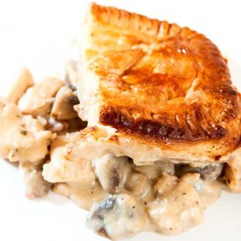 Recipe: Chicken and mushroom wholemeal pie Riċetta: Torta tat-tiġieġ u faqqiegħ bl-għaġina wholemeal