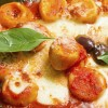 Recipe: Ricotta gnocchi with tomato sauce Riċetta: Gnocchi tal-irkotta biz-zalza tat-tadam u prosciutto