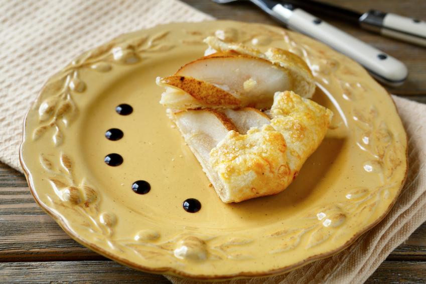Recipe: Rustic pear pie Riċetta: Torta tal-lanġas rustika