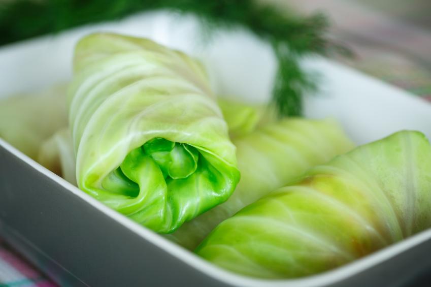 Recipe of cabbage leaves stuffed with turkey Riċetta: Weraq tal-kaboċċi mimlijin bil-quinoa u laħam tad-dundjan