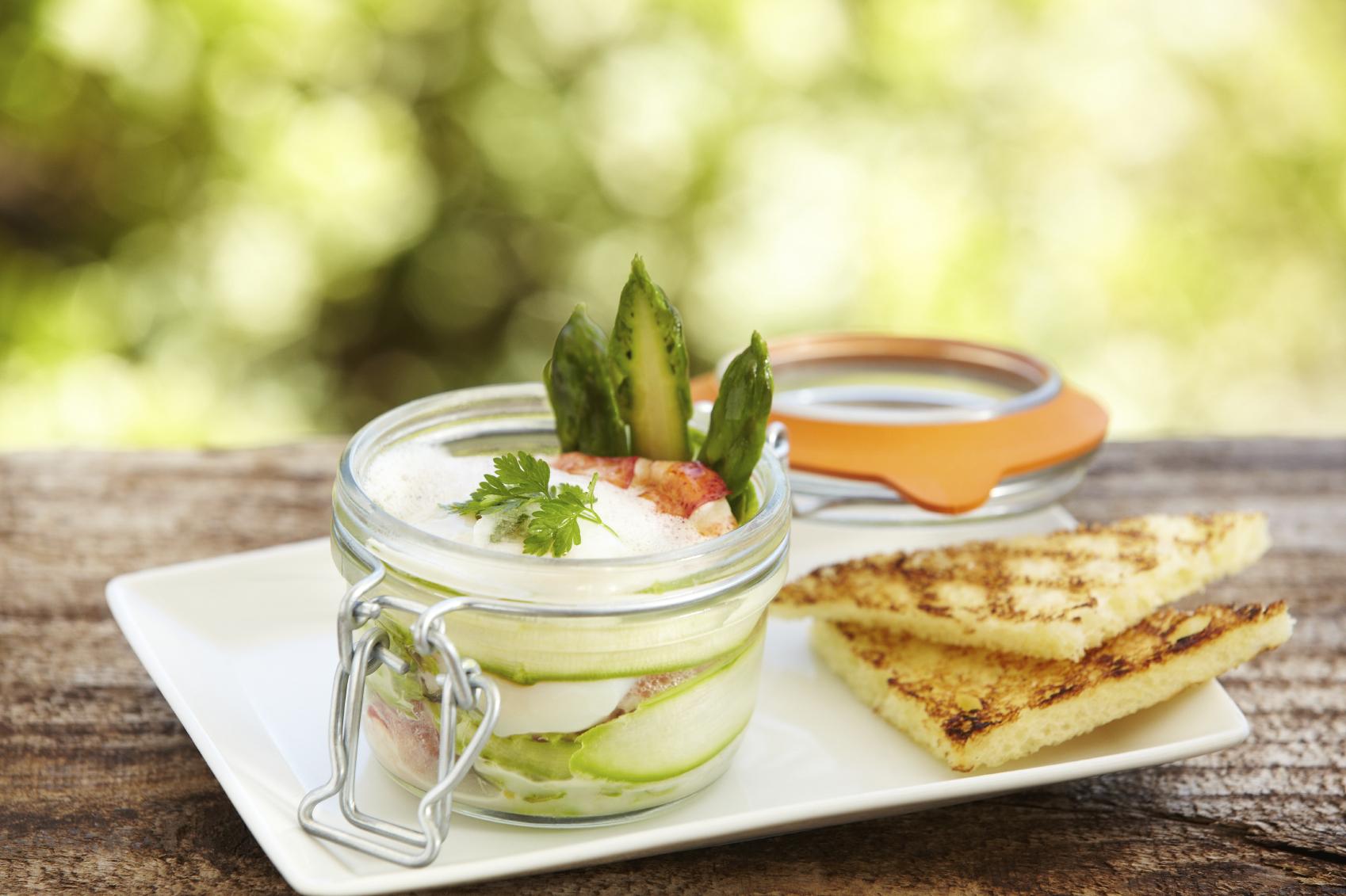 Mixed appetizers platter Platt imħallat għal qabel l-ikel