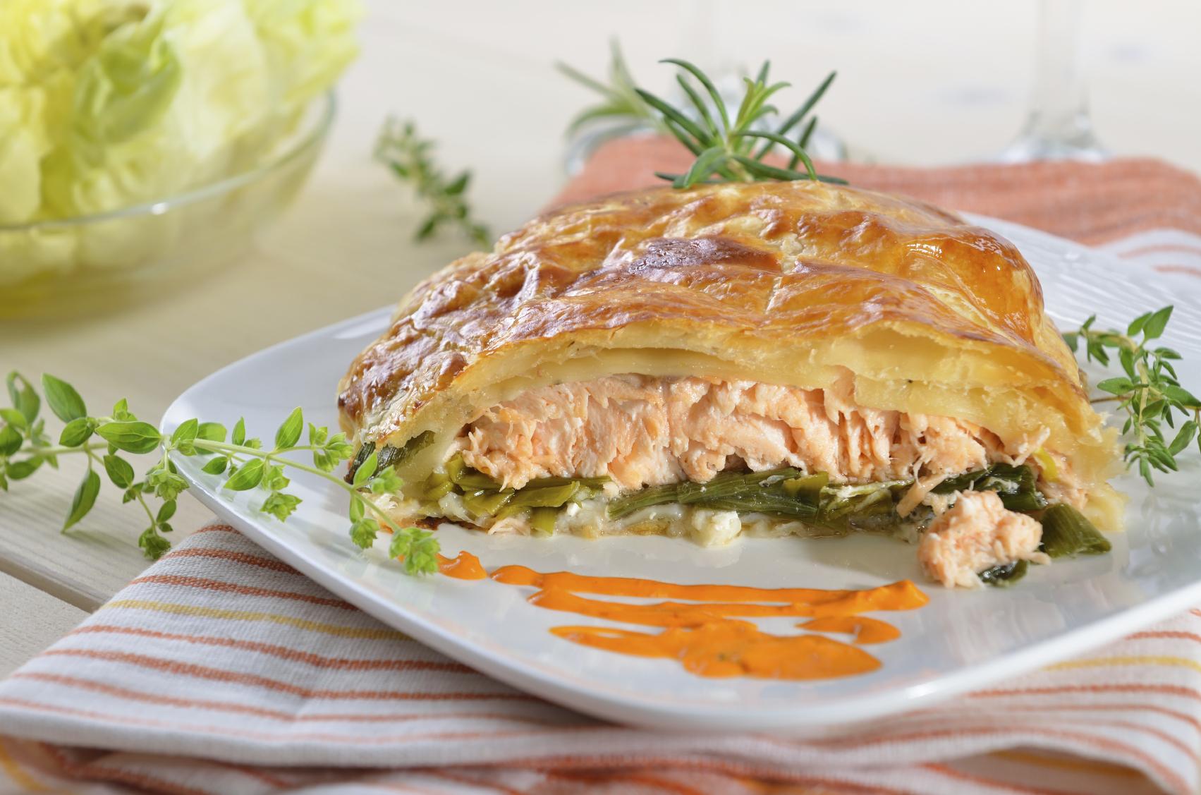 Salmon leek filo pouches Pakketti tal-filo bis-salamun u kurrat