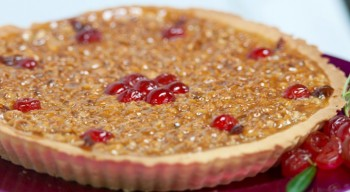 Hazelnut and honey tart