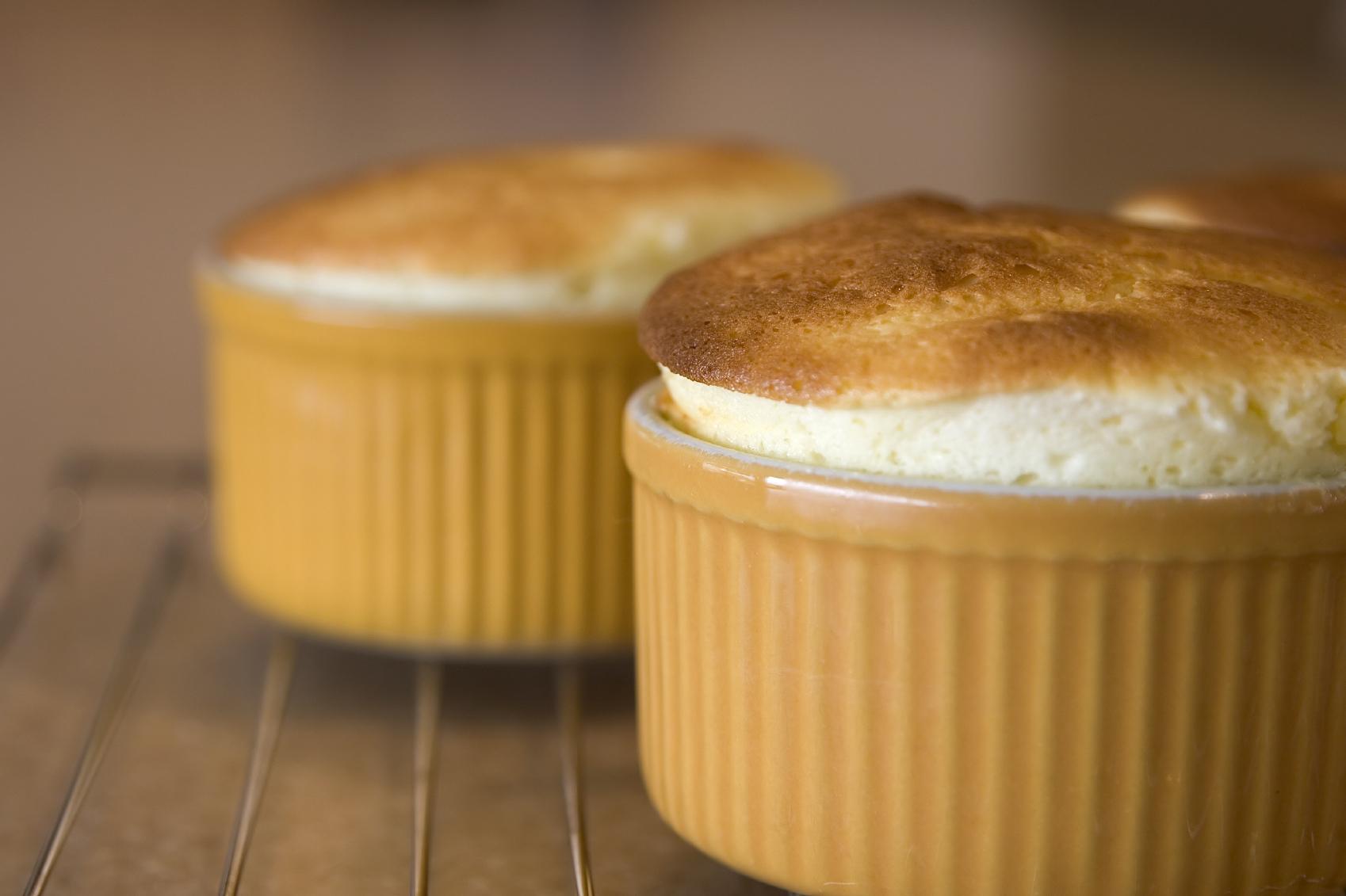 Mandarine souffles: Suflè tal-mandolin