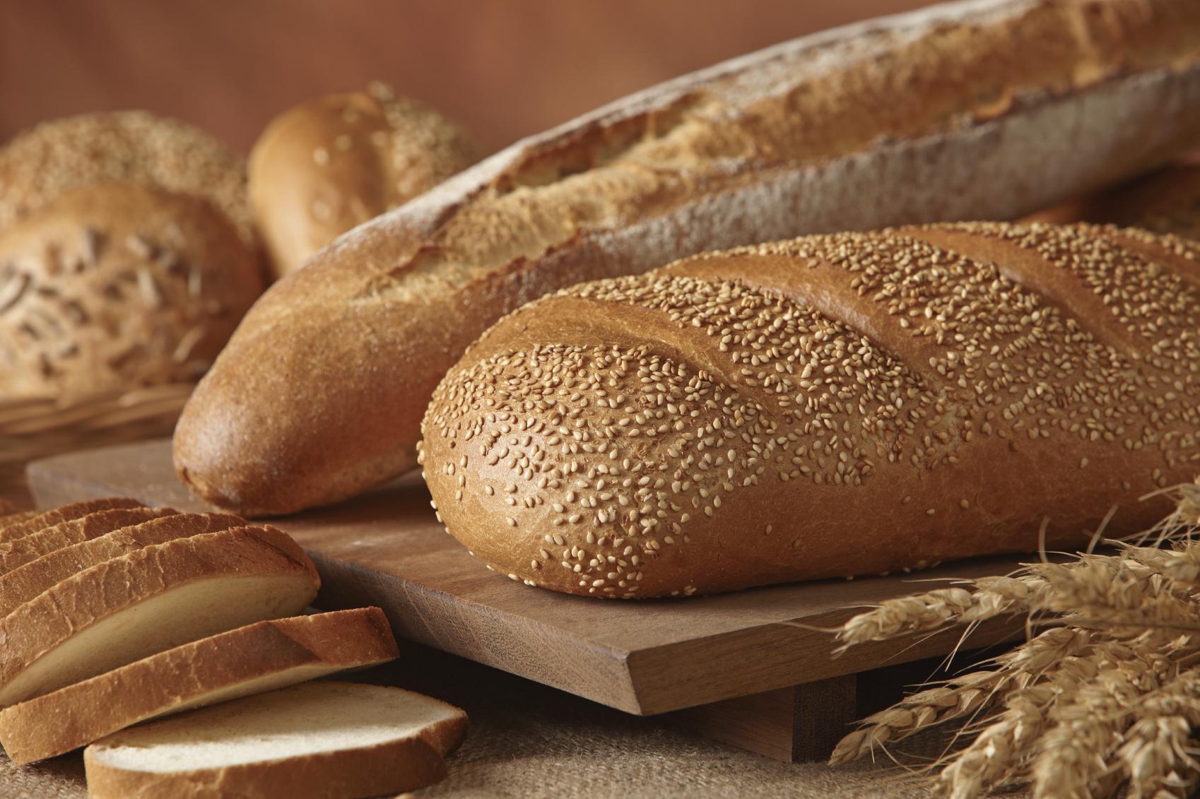 Nut bread rolls: Bziezen bil-ġewż