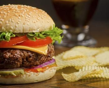 Quick beef burgers