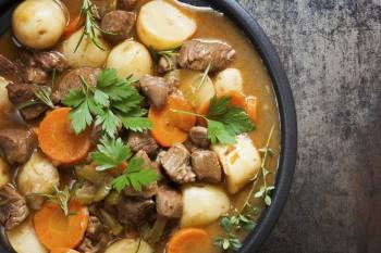 Traditional Irish Stew: Stuffat tradizzjonali mill-Irlanda