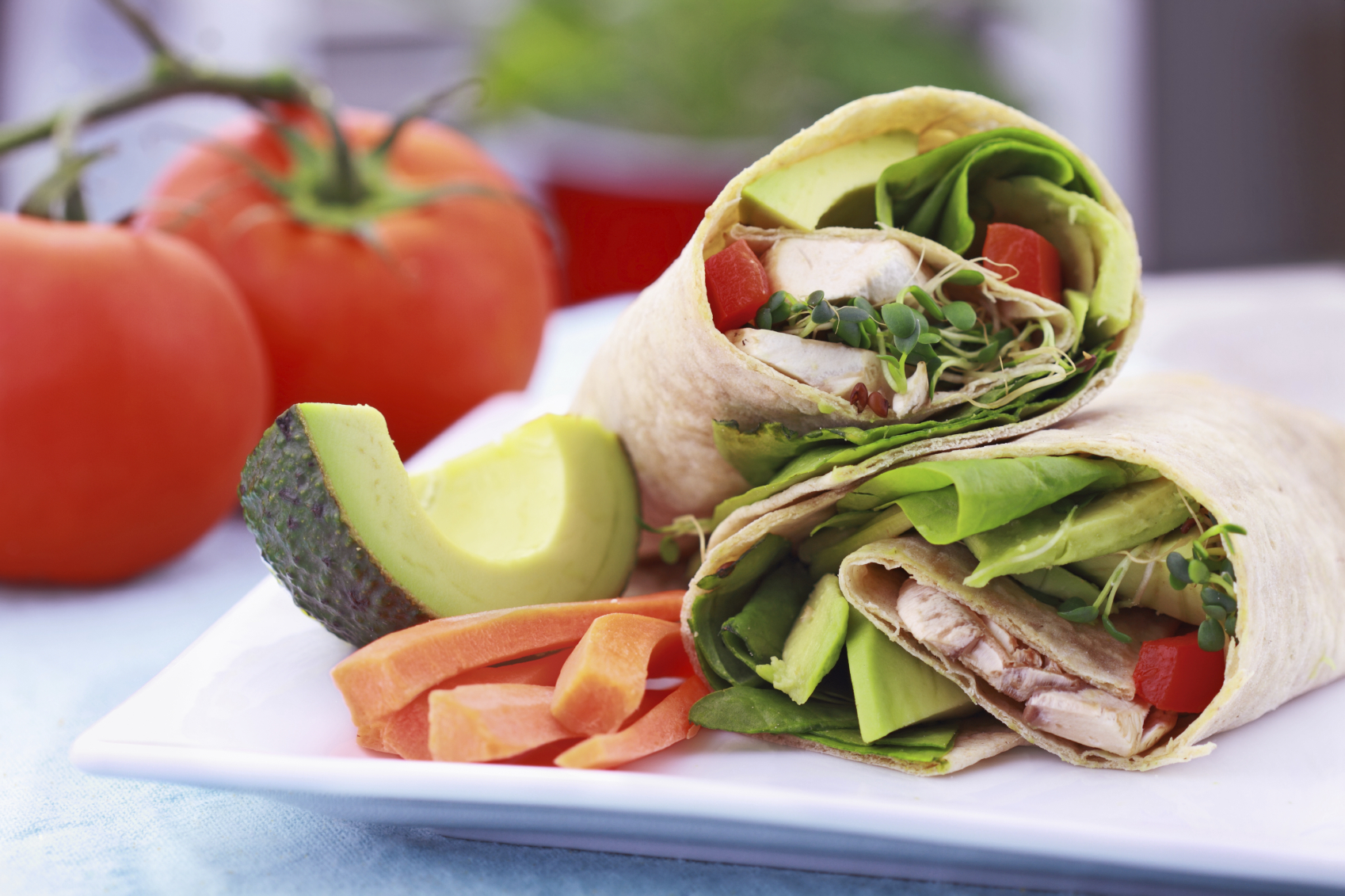 Avocado and bean wraps: Wraps bl-avokado u l-fażola