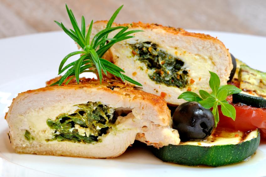 Chicken fillet filled with chicken and cheese: Sidra tat-tiġieġ mimlijin bl-ispinaċi u l-ġbejniet
