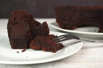Chocolate cake with olive oil: Kejk taċ-ċikkulata biż-żejt taż-żebbuġa