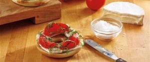 Smoked tomato, basil and brie bagel