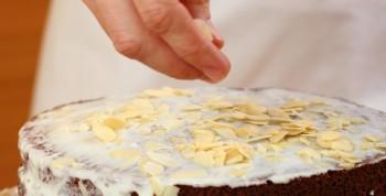 Riċetta: Torta Daniża taċ-ċikkulata għal żmien l-Għid
