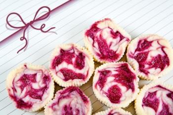 Riċetta: Cheesecakes żgħar bil-mascarpone u l-frott