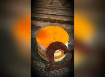 Recipe: Peach sponge and cream cake