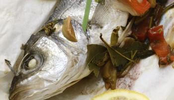 Riċetta: Spnott (seabass) bil-bużbież il-forn