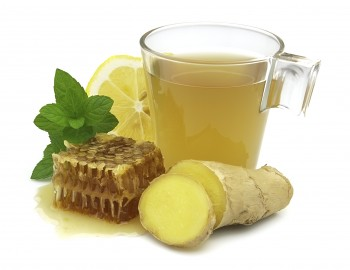 Ginger tea with honey and lemon: Te bil-lumi, ġinġer u għasel