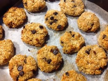 Recipe: Gluten free chocolate chip quinoa cookies