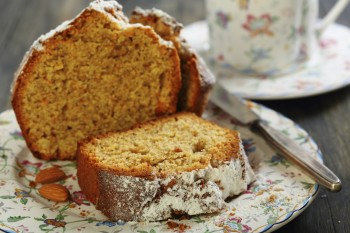 Recipe: Gluten free orange and almond cake with no butter and no added sugar