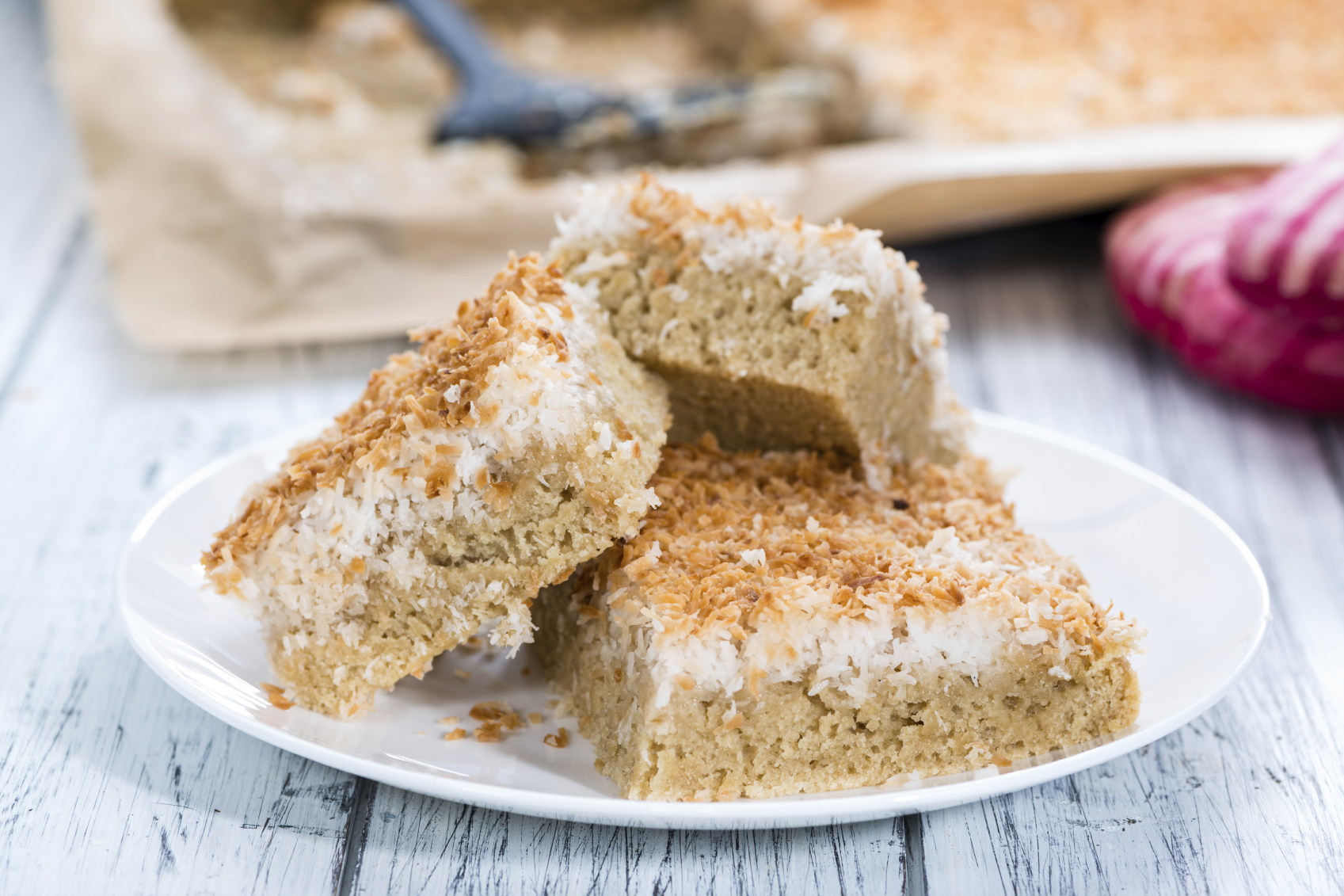 Marmalade cake with coconut topping