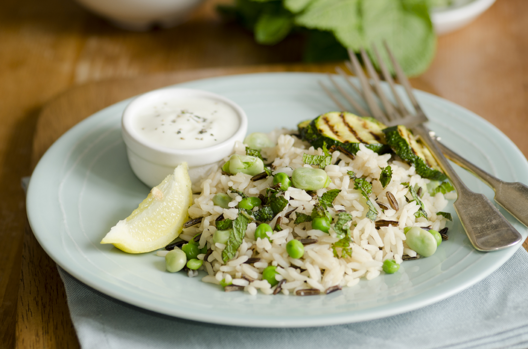 Rice with lemon and broad beans : Ross bil-lumi u l-ful