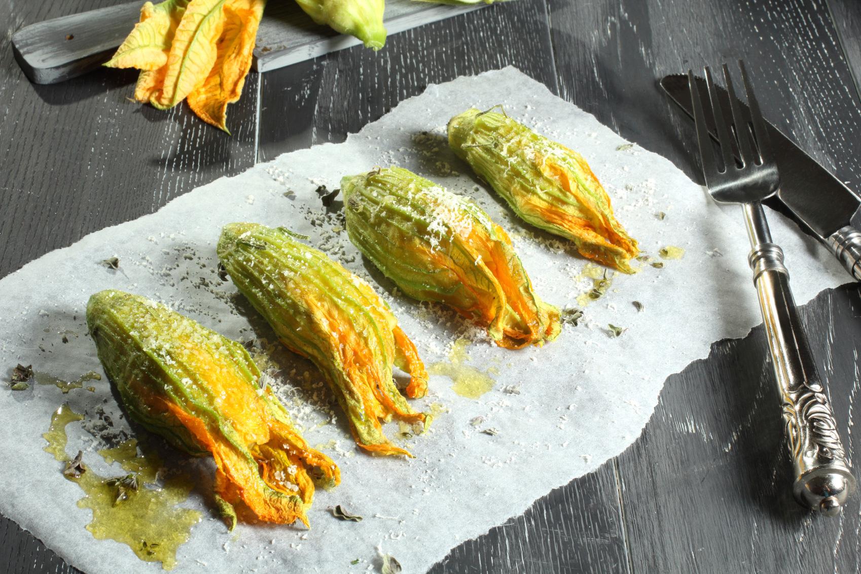 Stuffed-zucchini-flowers