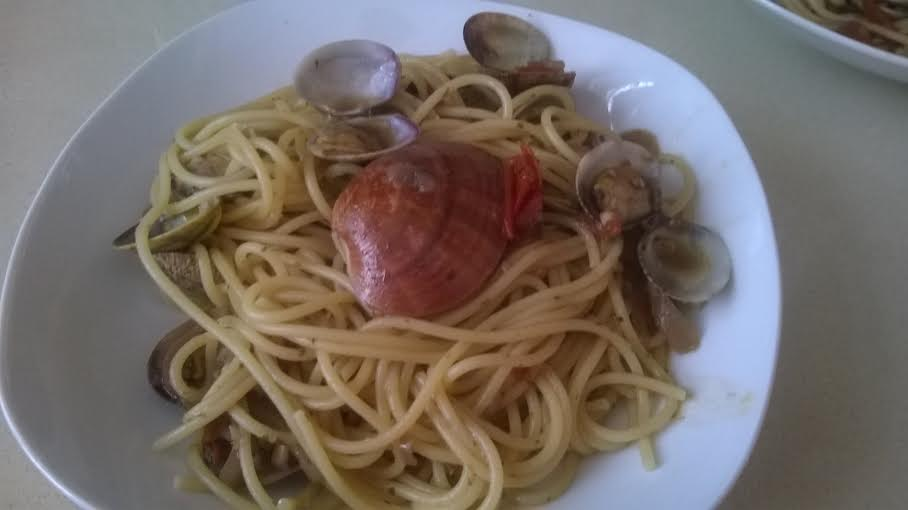 Spaghetti with clams by Pauline Spiteri Bugeja