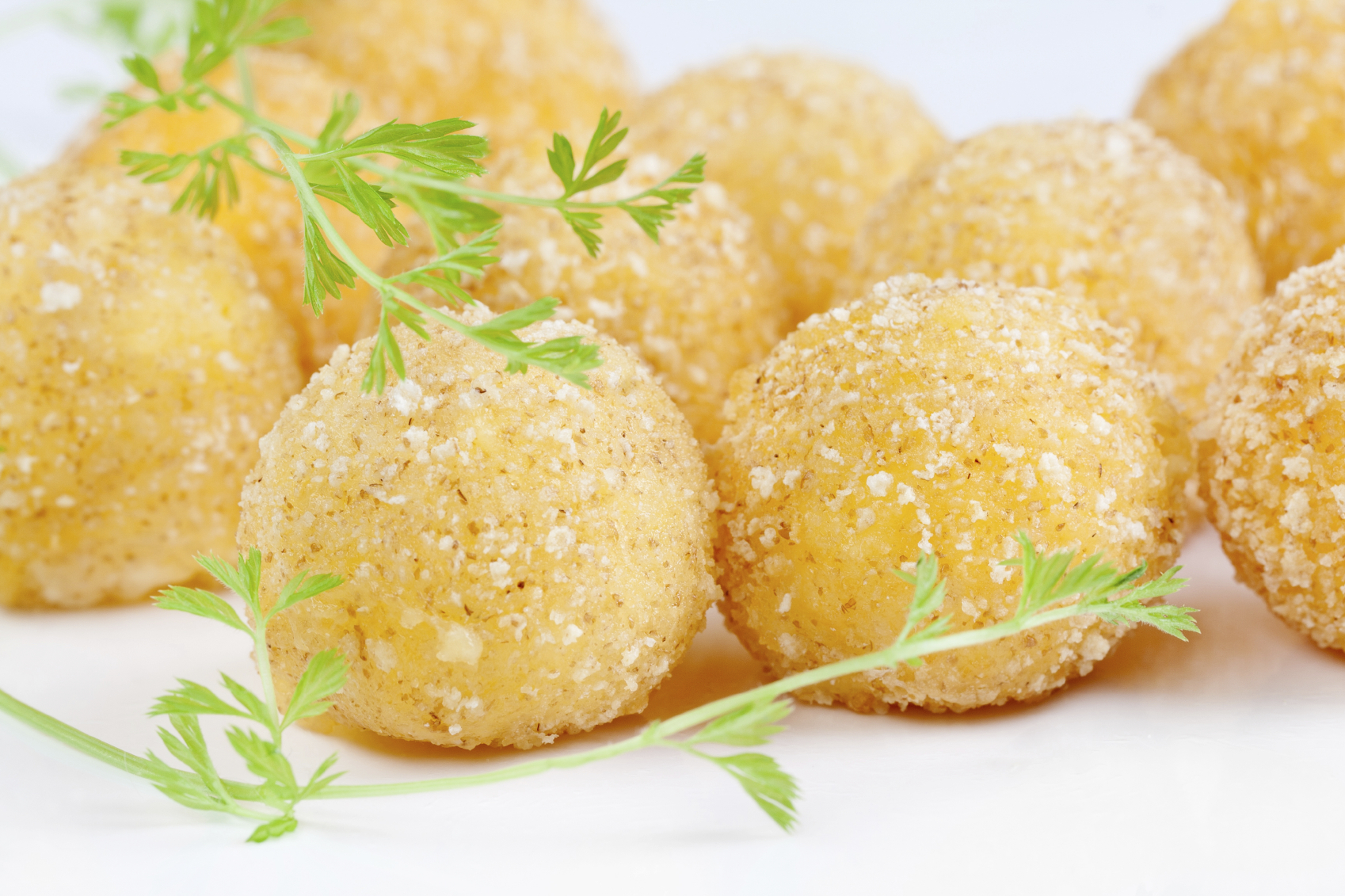 Aubergine balls filled with cheese