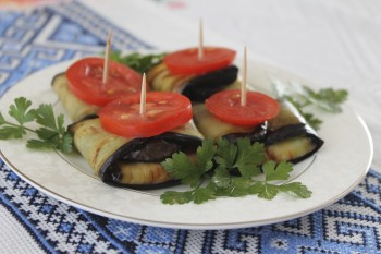 Riċetta veġetarjana: Milwiet tal-brunġiel bil-mozzarella u rkotta