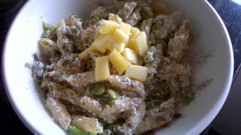 Broad bean and 3 cheese pasta