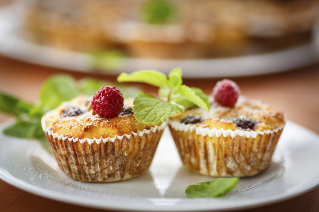 Cheese Muffins with berries, nuts and mint