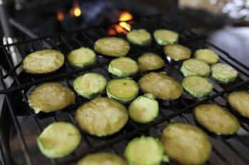 Roasted zucchini slices