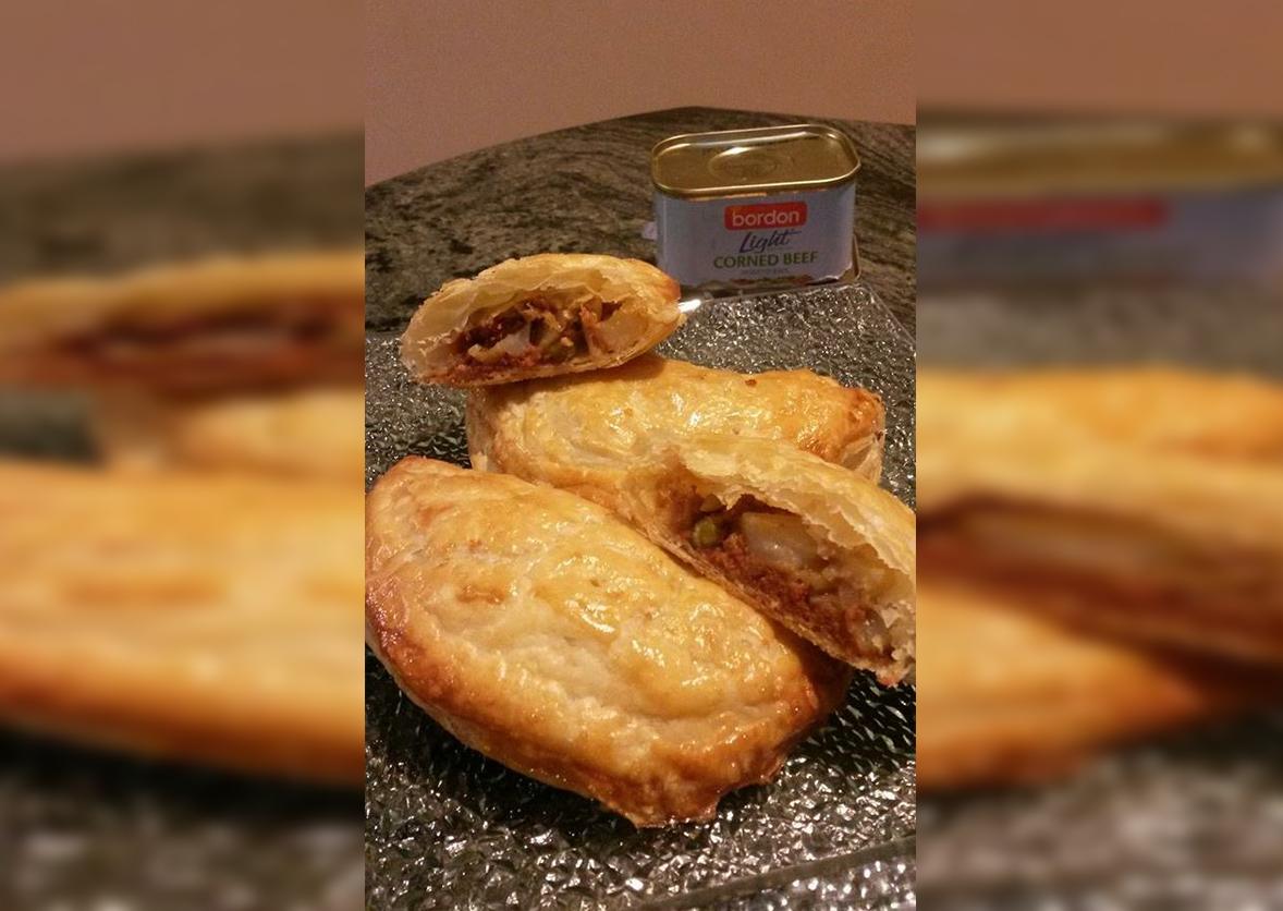 Stephanie Curmi BORDON Recipe: Corned beef pastizzi