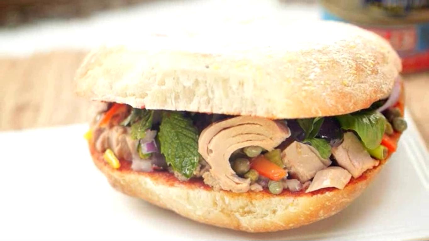 Traditional Maltese recipe: Tuna ftira - LITTLEROCK