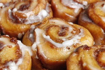 Recipe: Reduced sugar homemade Cinnabons with stevia