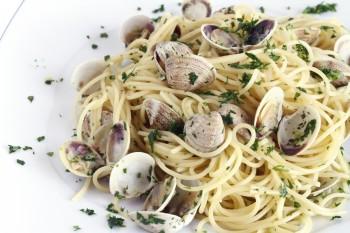 Riċetta: Spagetti bil-gandoffli (clams)