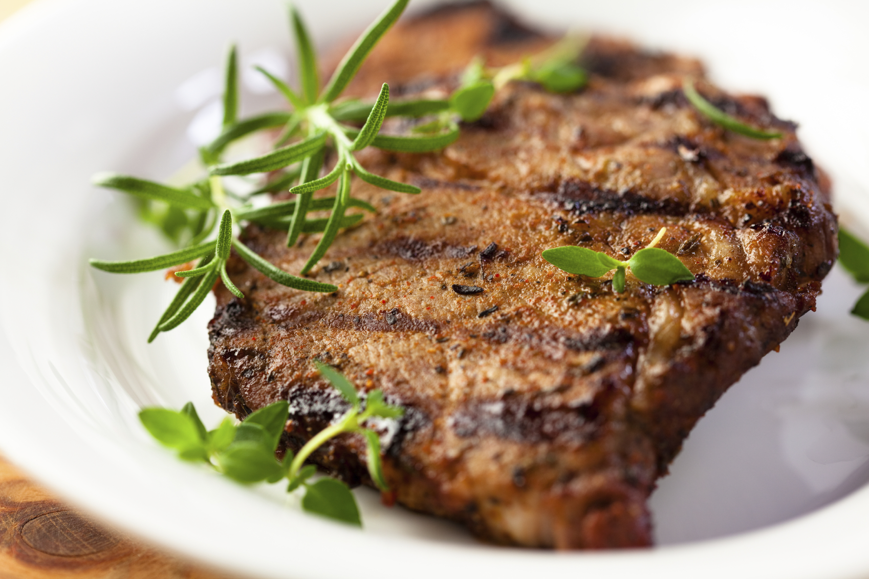 Pork chop with rosemary and mustard