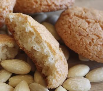 Traditional Maltese recipe: Almond biskuttini