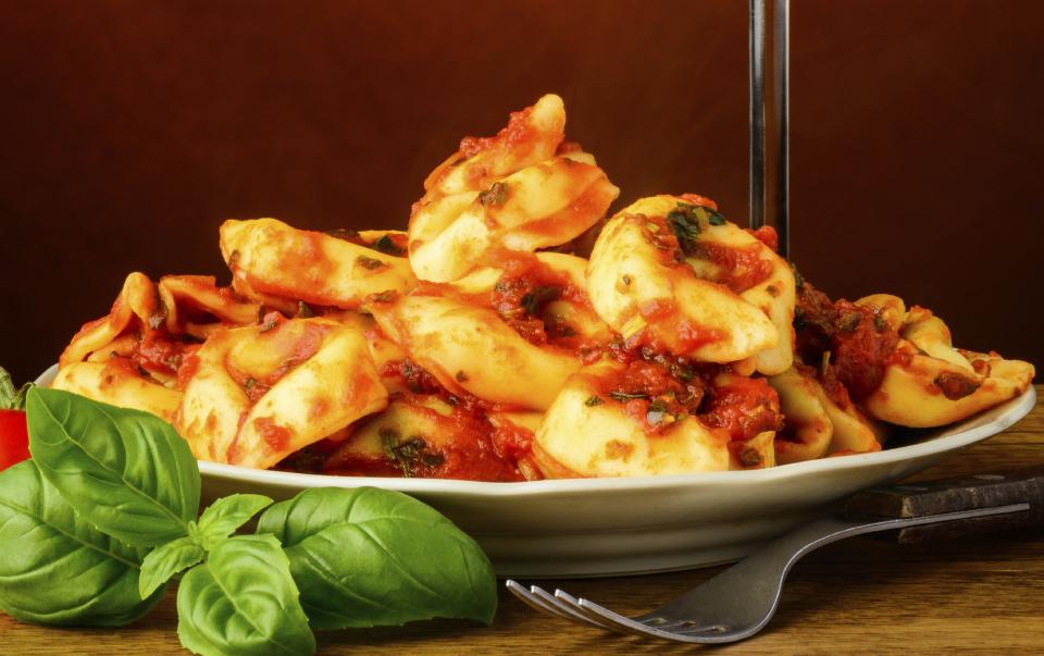 Sundried tomato tortellini with gbejniet